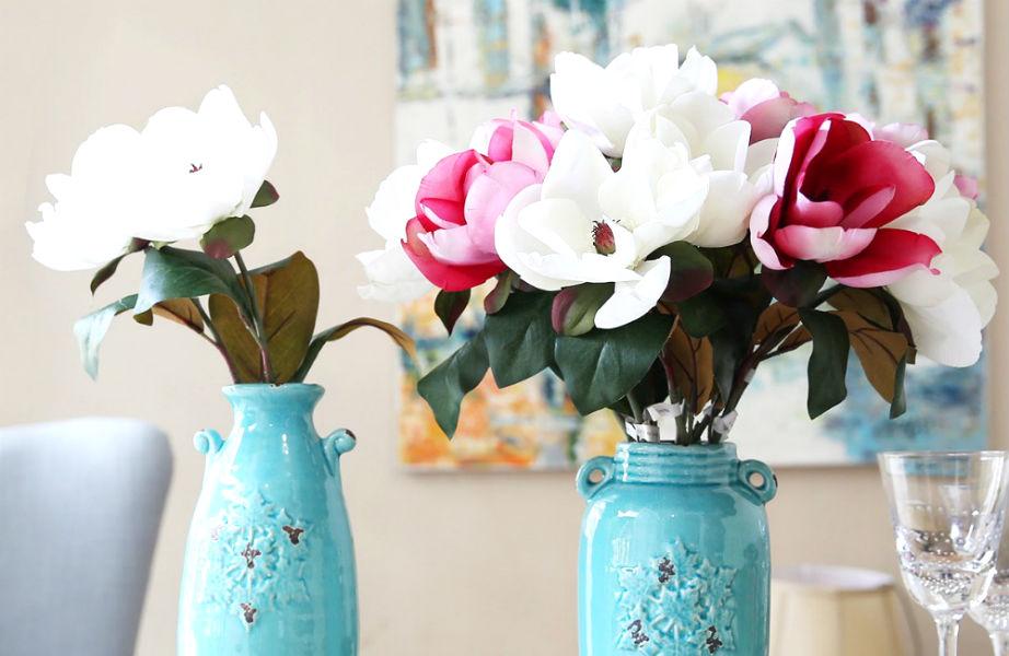 Μπορεί να είναι πρακτικά, αλλά τα ψεύτικα λουλούδια κάνουν το σπίτι σας να φαίνεται λιγότερο εκλεπτυσμένο.