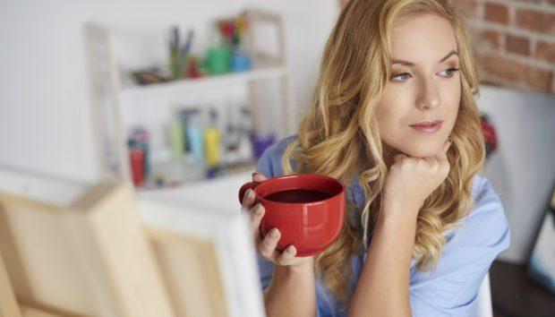 Νέα Έρευνα: Σας Λέει τι θα σας Συμβεί με το που θα Πιείτε ένα Ποτήρι Καφέ!