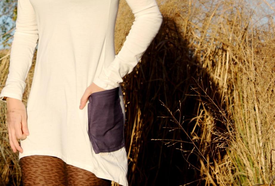 Εφόσον δε θα υπάρχουν κλειδιά, λεφτά και κάρτες, δεν θα υπάρχει λόγος να δημιουργούνται τσέπες στα ρούχα.