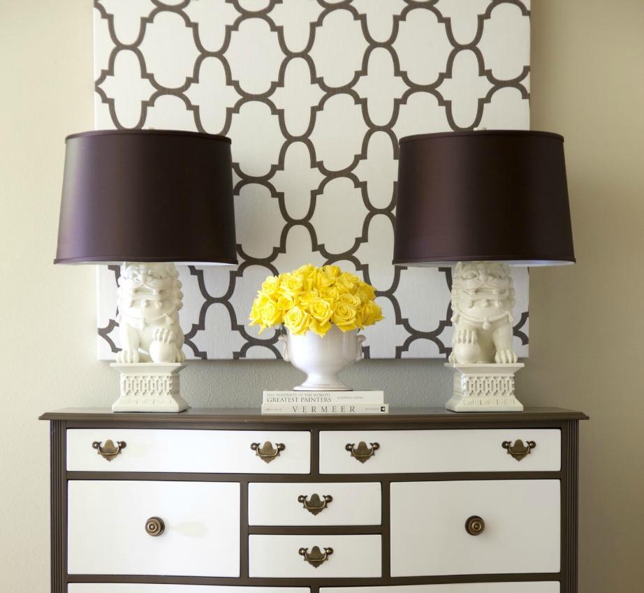 Ένα μικρό κομμάτι ταπετσαρίας σε έναν από τους τοίχους του υπνοδωματίου μπορεί να δώσει άλλο αέρα στο χώρο σας.