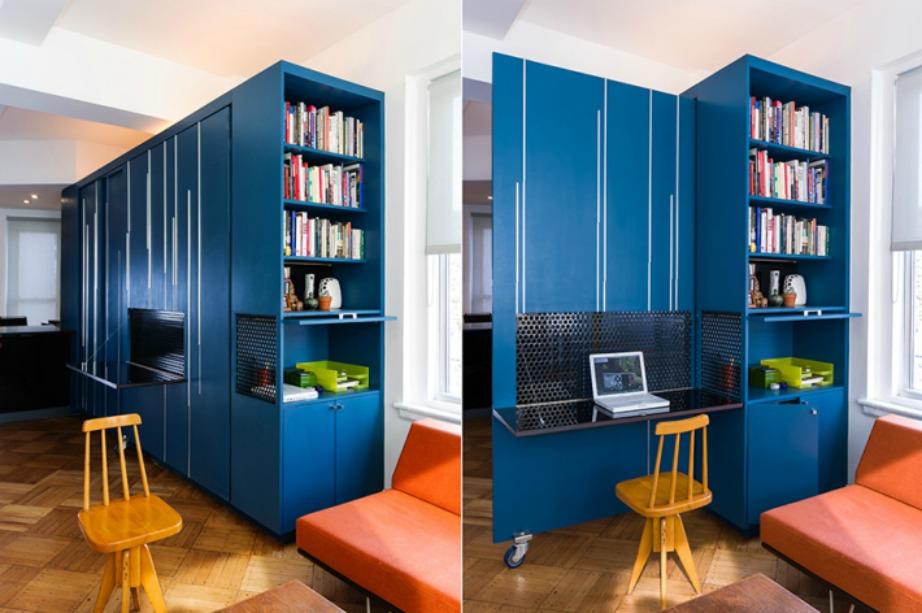 Η μια πόρτα ανοίγει στο πλάι και γίνεται ένα άνετο γραφείο.