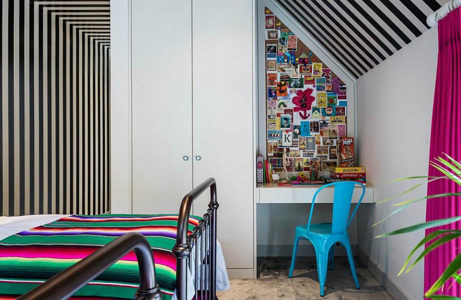 Για να διακοσμήσει τα υπνοδωμάτια της κατοικίας, η Kate Moss επέλεξε ταπετσαρίες και υφάσματα από τη νέα συλλογή του House of Hackney.