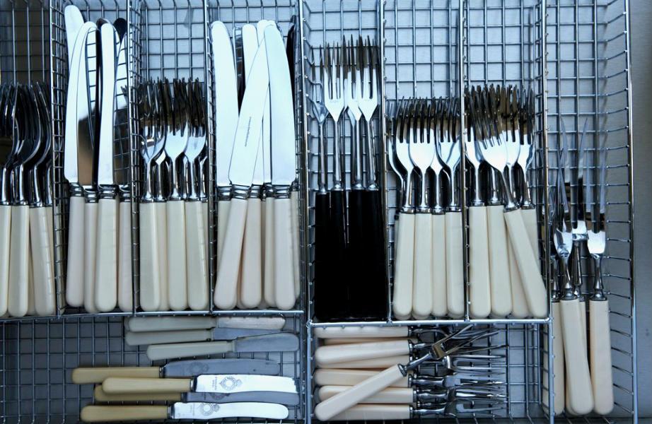 Τα συρτάρια της Martha Stewart είναι γεμάτα... σύρμα!