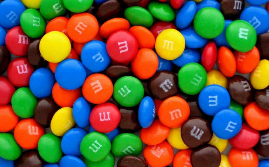 Το γράμμα 'm' πάνω στις καραμέλες προέρχεται από το επίθετο των ιδρυτών των M&M's.