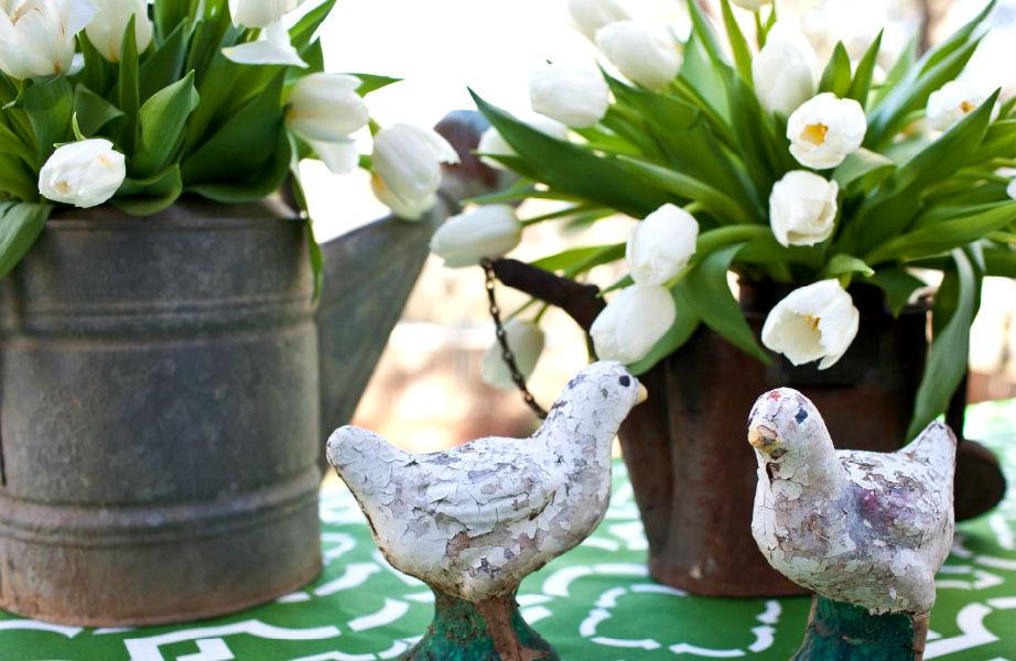 Τα φρέσκα λουλούδια κάνουν το χώρο σας να φαίνεται πιο κομψός και πολυτελής.