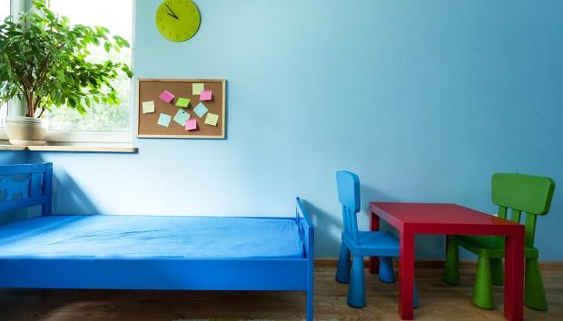 «Ποια είναι η γνώμη σας για κόκκινα έπιπλα στο παιδικό δωμάτιο»;
