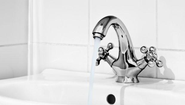 Κάντε το Μπάνιο σας να Αστράφτει με Αυτό το Κόλπο!