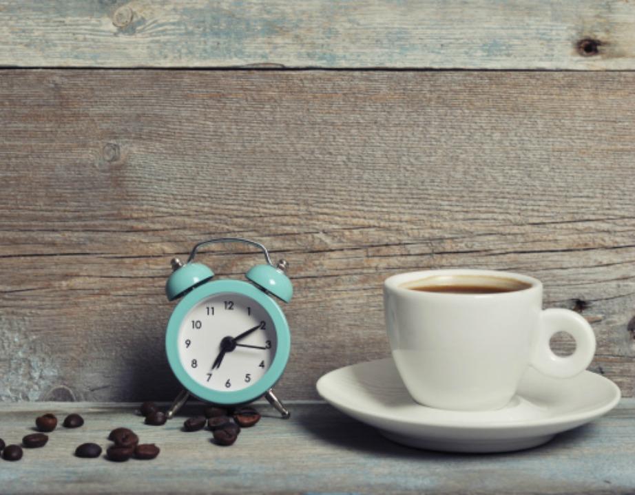 Αν τη Δευτέρα, μετά την αλλαγή της ώρας νιώθετε λίγο περίεργα ψυχολογικά, μην ανησυχήσετε. Πρόκειται για τις αλλαγές που βιώνει ο οργανισμός μας το πρώτο 24ωρο μετά την αλλαγή της ώρας. Την Τρίτη θα είστε και πάλι μια χαρά.