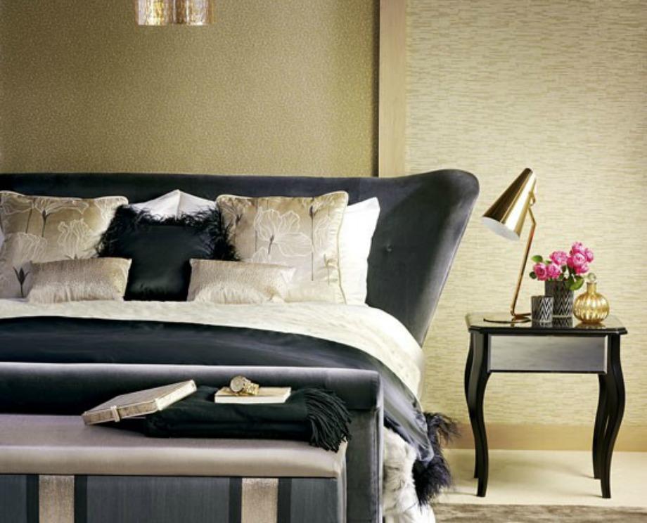 Η ταπετσαρία και η σωστή χρήση χρωμάτων βοηθάει στη δημιουργία ενός πιο οικείου δωματίου