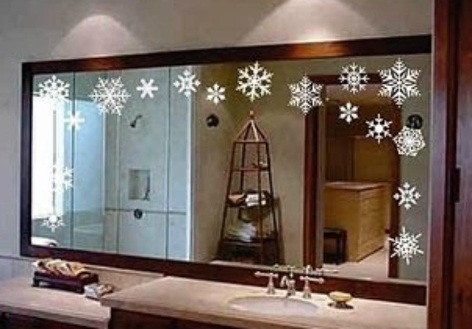 Βάλτε νιφάδες χιονιού στον καθρέφτη του μπάνιου!