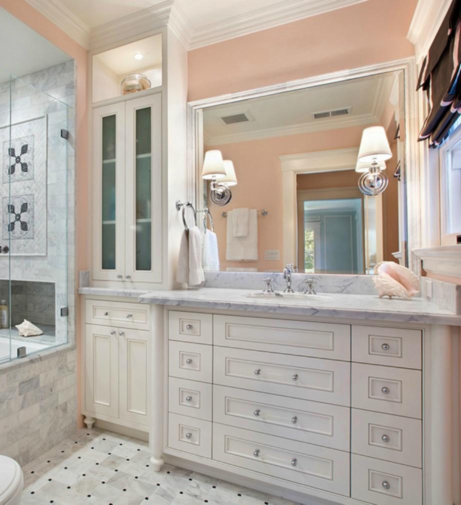 Αν αγαπάτε τις πιο girly αποχρώσεις, τότε το απλ ροδακινί είναι ιδανικό χρώμα για το μπάνιο σας.