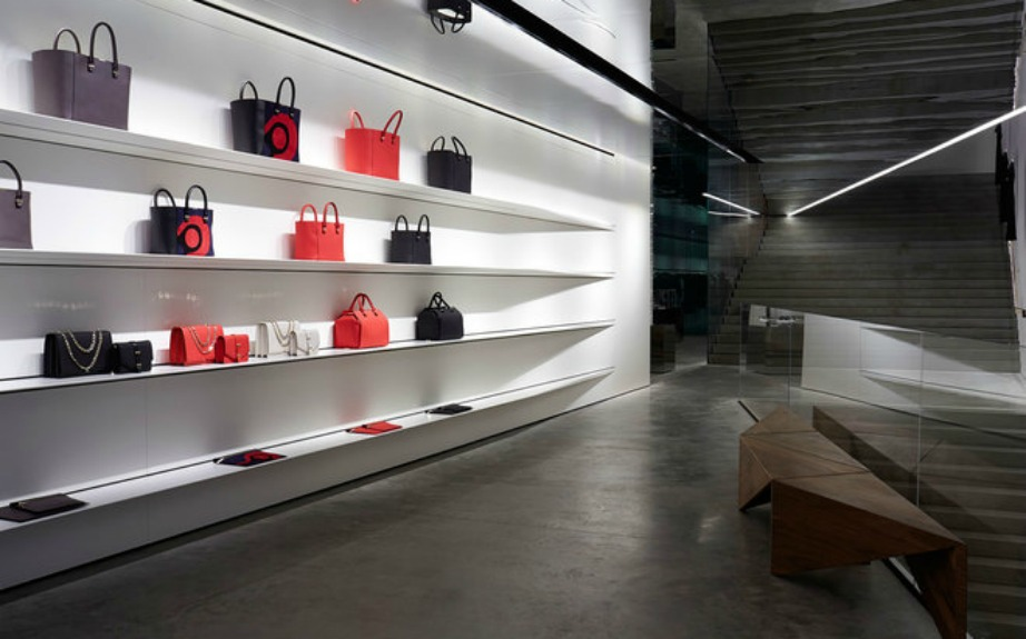 Το κατάστημα της Victoria Beckham είναι το πιο μίνιμαλ κατάστημα μόδας που έχουμε δει