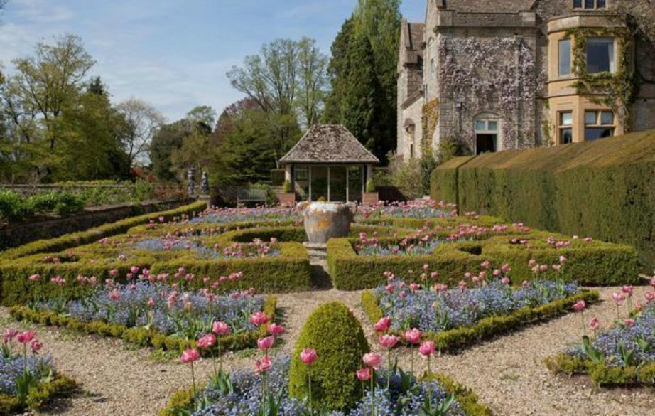 Τους κήπους σχεδίασε ο διάσημος αρχιτέκτονας