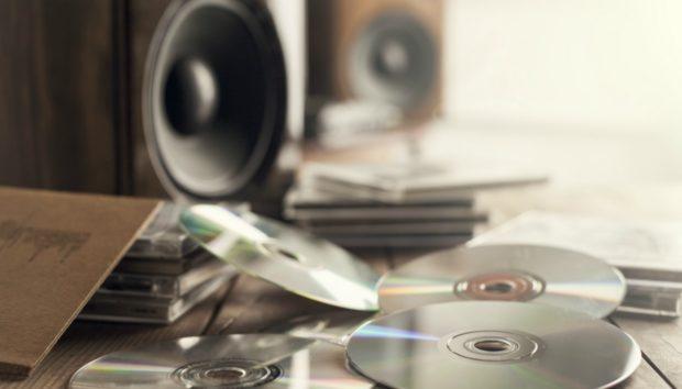 Χαραγμένα CD: Κάντε τα Ξανά Καινούργια με μια Κίνηση
