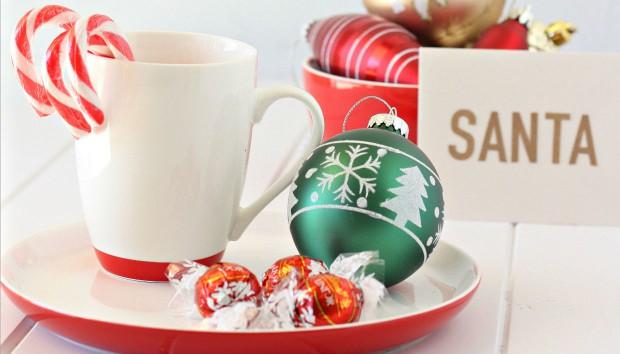 5 Φρέσκοι Τρόποι να Διακοσμήσετε τα Χριστουγεννιάτικα Στολίδια σας (VIDEO)!