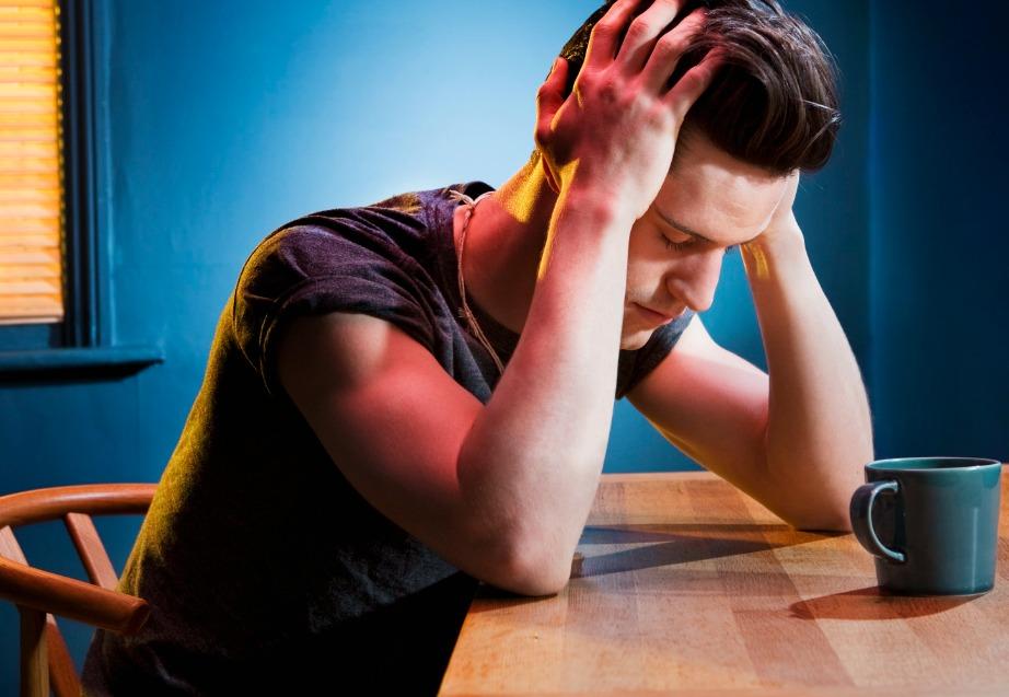 Η καφείνη σας κάνει να αισθανόσαστε λιγότερο μεθυσμένοι ενώ στην πραγματικότητα παραμένετε το ίδιο μεθυσμένοι.