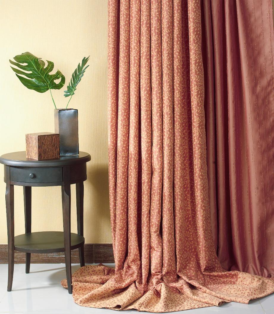 Μια καθαρή κουρτίνα προσθέτει έξτρα πόντους διακόσμησης στο σπίτι σας.