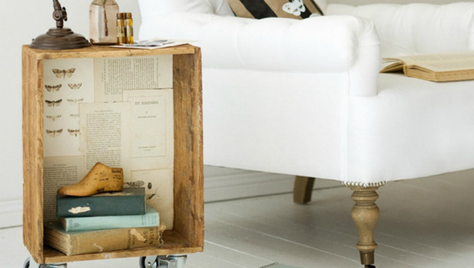 Χρησιμοποιώντας ένα παλιό κιβώτιο μπορείτε να δημιουργήσετε το πιο ιδιαίτερο τραπεζάκι για το σαλόνι σας.
