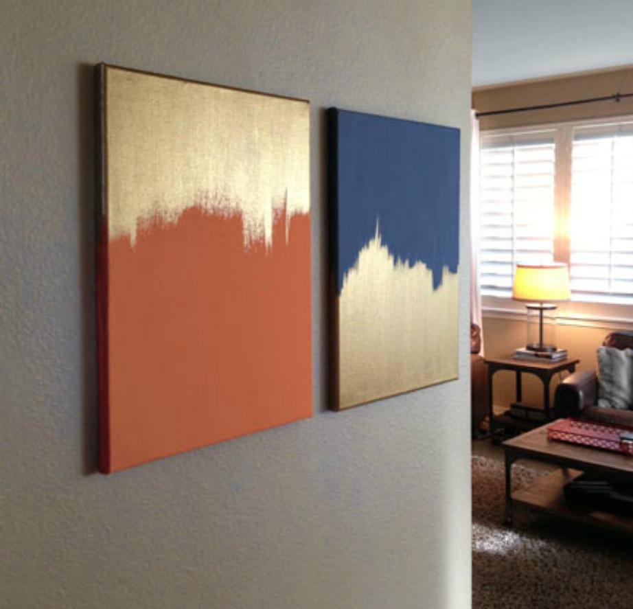 Δείτε πόσο όμορφοι δείχνουν αυτοί οι πίνακες στον τοίχο του σαλονιού,