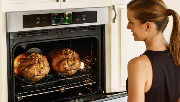 Δείτε την Νέα Ηλεκτρική Κουζίνα με IQ που Κυκλοφορεί στην Αγορά