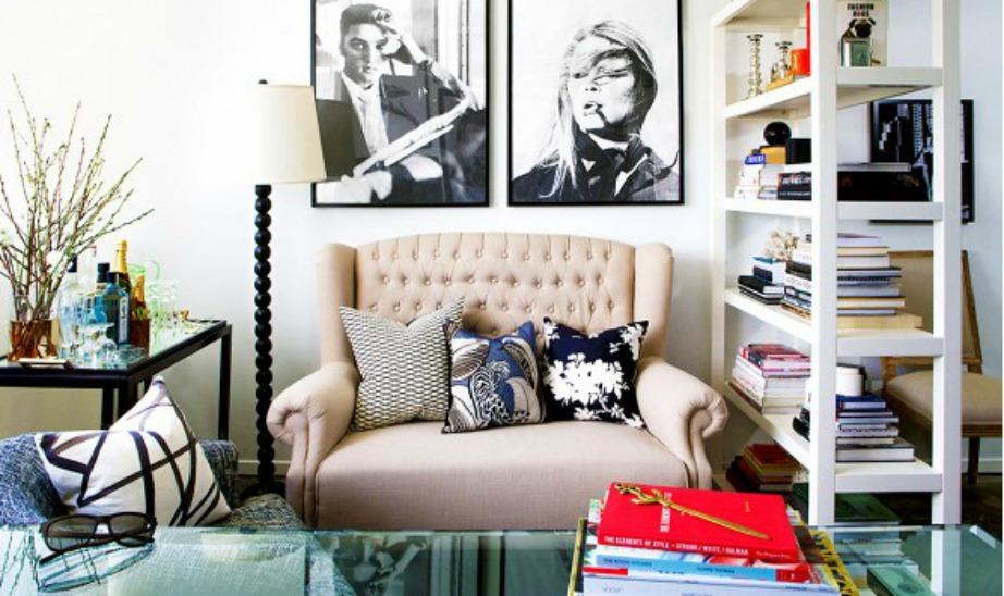 Αγαπάνε τους καναπέδες και τα κεφαλάρια με κουμπιά