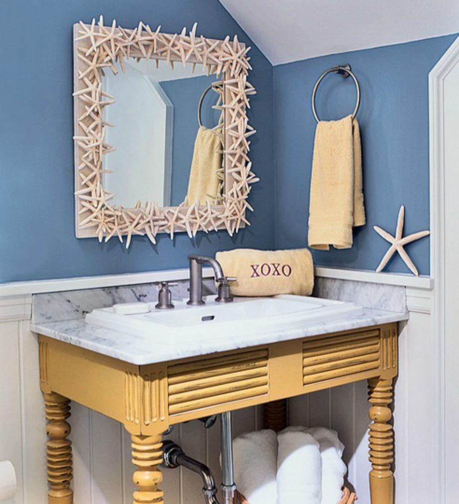 Δείτε πόσο καλοκαιρινό δείχνει αυτό το μπάνιο. Με ένα βάζο με πολύχρωμα λουλούδια θα δείξει ακόμα πιο καλοκαιρινό και χαβανέζικο.
