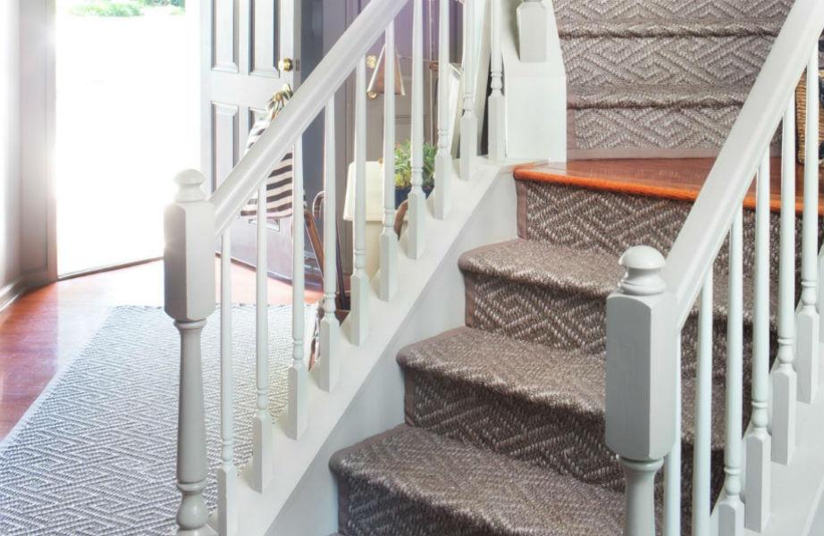 Στρώστε χαλιά και στην σκάλα σας.