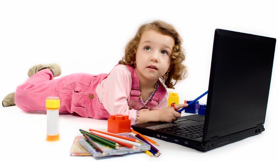 Κάθε ηλικία έχει τους κινδύνους της! Γι'αυτό ενημερώστε τον υπολογιστή σας με προγράμματα που ελέγχουν τη χρήση που κάνει το παιδί σας στο ίντερνετ.