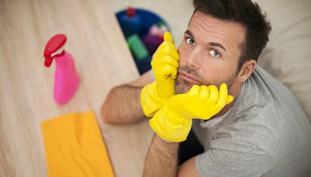 Καθαρίστε το Διαμέρισμά σας όπως το Αυτoκίνητό σας: Τips Καθαρισμού για Άντρες