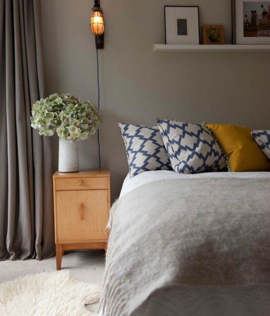 Το γκρι αποτελεί το πιο δημοφιλές χρώμα της σεζόν. Το συναντάμε φυσικά και στις κουρτίνες αλλά και γενικότερα στη διακόσμηση όλου του σπιτιού.