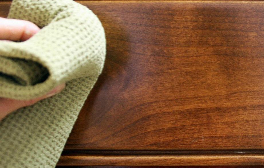 Καθαρίστε καλά τις επιφάνειες πριν τις βάψετε