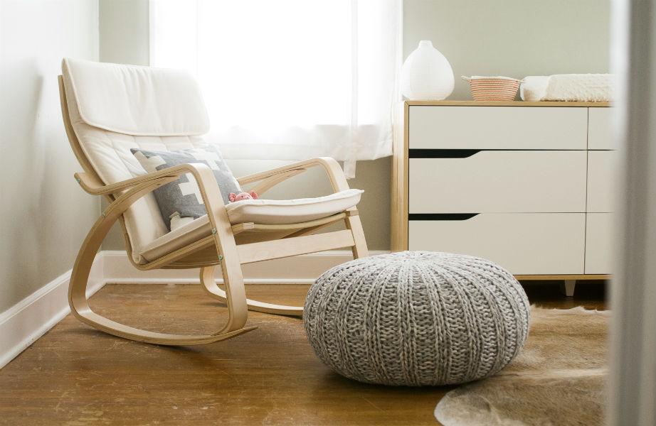 Μια κουνιστή πολυθρόνα για εσάς είναι απαραίτητη για το βρεφικό υπνοδωμάτιο!