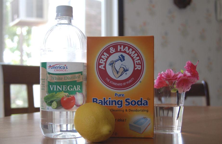 Η... Αγία Τριάδα της Καθαριότητας: λευκό ξίδι, μαγειρική σόδα και αμμωνία!
