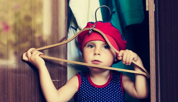 7 Πράγματα που Πρέπει να έχει Κάθε Παιδική Ντουλάπα