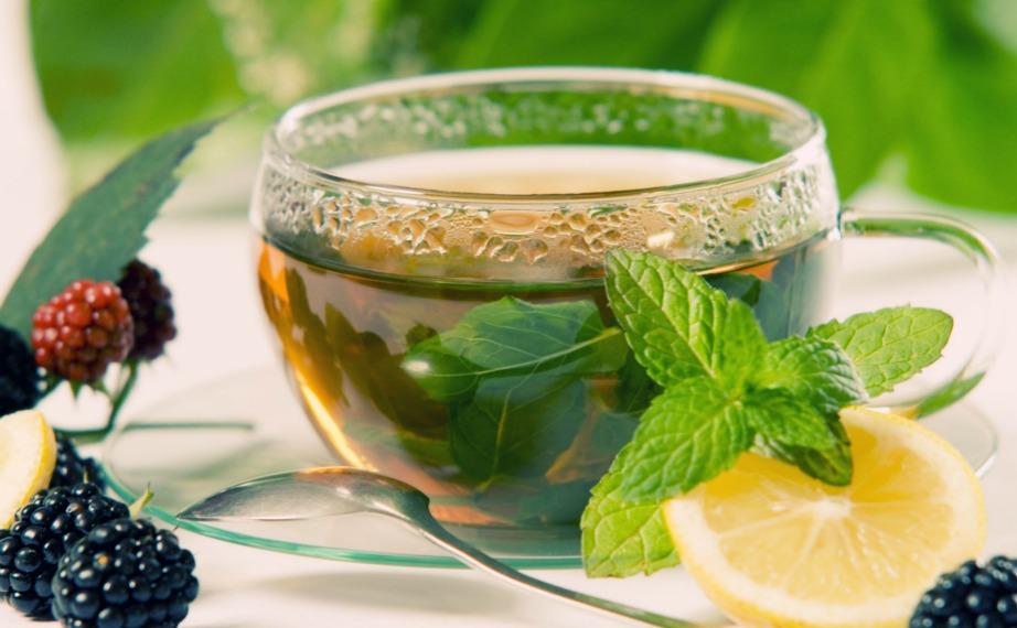 Το πράσινο τσάι προστατεύει από τον καρκίνο του δέρματος.