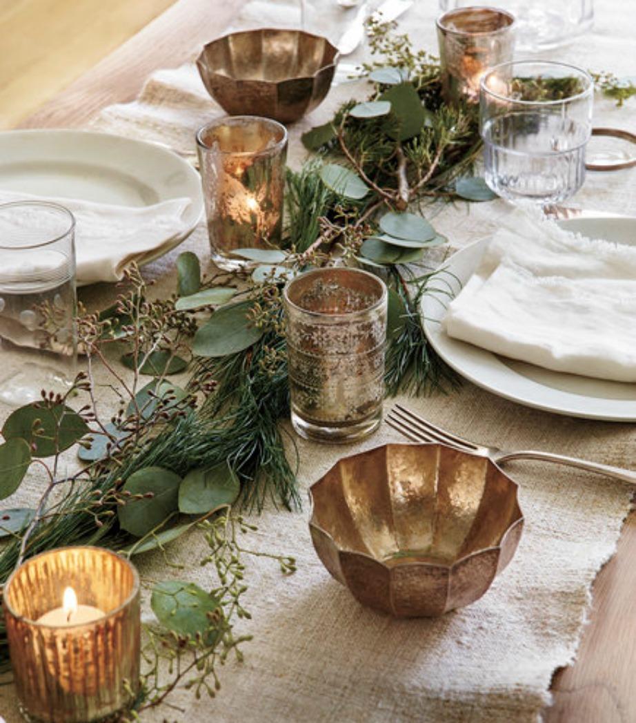 Στολίστε το τραπέζι σας με πρασινάδα για να του δώσετε πιο γεμάτη και ζεστή όψη.