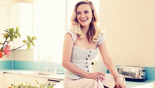 Η Ηθοποιός Reese Witherspoon μας Ξεναγεί στο Πανέμορφο Σπίτι της (VIDEO)