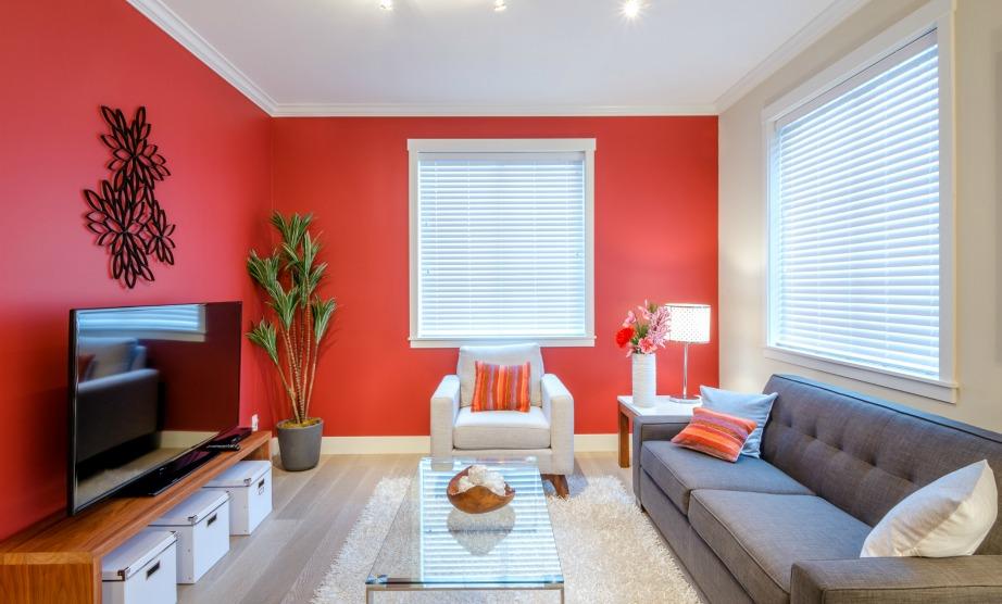 Επιλέξτε πρώτα τα χρώματα των επίπλων και των διακοσμητικών τους και έπειτα ασχοληθείτε με το χρώμα των τοίχων.