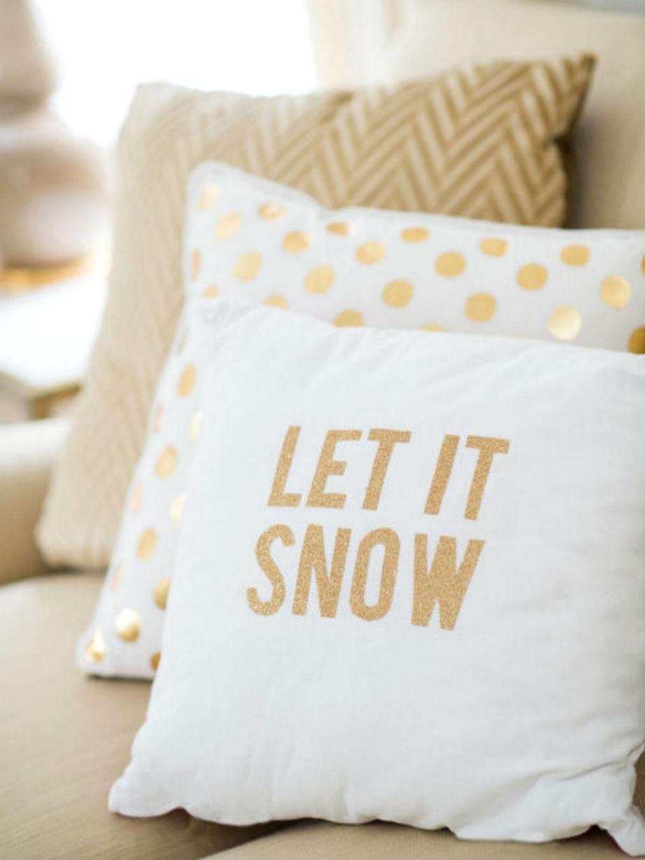 """""""Ναι"""" τα εορταστικά μαξιλάρια!"""