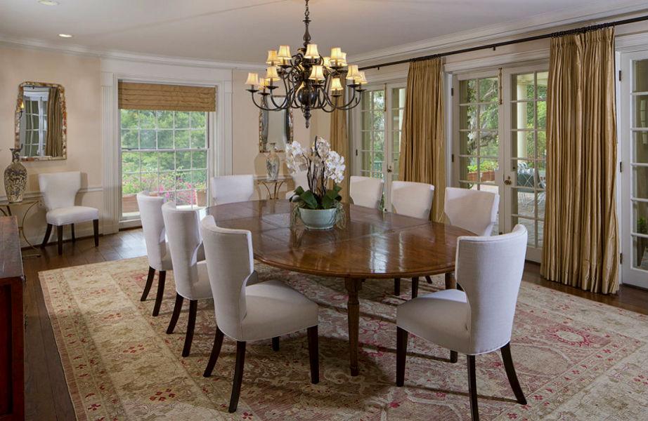 Σε αυτήν την τραπεζαρία θα σερβίρει δείπνο στους (αμέτρητους) φίλους της η Taylor.
