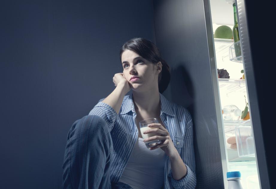 Δεν χρειάζεται να ξημεροβραδιάζεστε δίπλα στο ψυγείο. Απλά ελέγξτε αν όλα είναι εντάξει με τη θερμοκρασία του και αν κλείνει καλά.