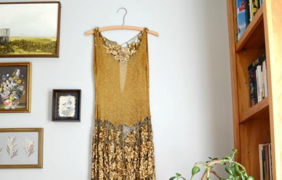 Η συγκεκριμένη διακόσμηση με ρούχα δεν είναι καθόλου πετυχημένη