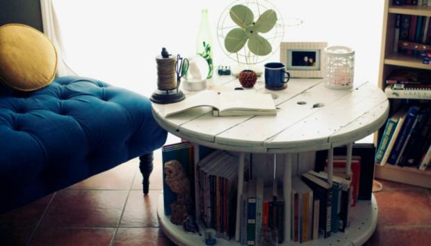 DIY: Φτιάξτε Μόνοι σας την πιο Στιλάτη Βιβλιοθήκη!