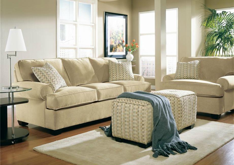 Το λευκό του καπουτσίνο είναι ένα χρώμα που θα το δούμε σε πολλά σαλόνια και κουζίνες.