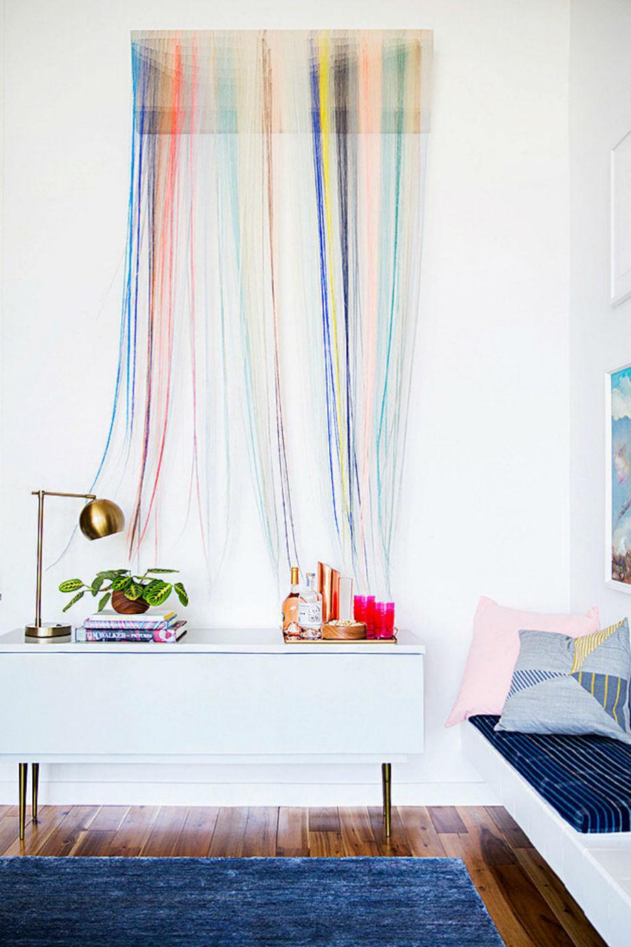 Χρωματιστά κάδρα και ταπισερί έρχονται στους τοίχους σας το 2016.