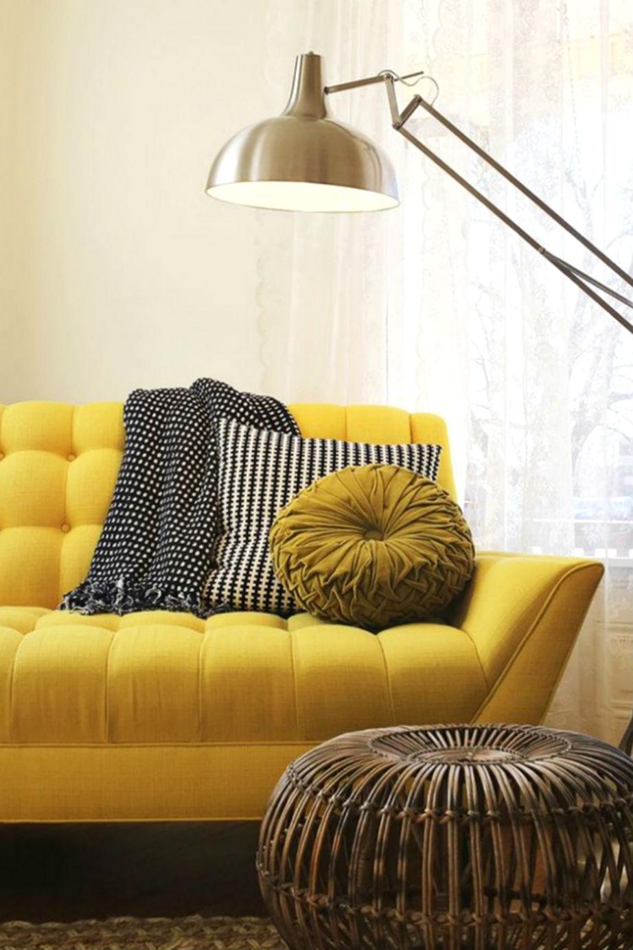 Ο χρωματιστός καναπές ψάχνει μια θέση στο σπίτι σας το 2016.
