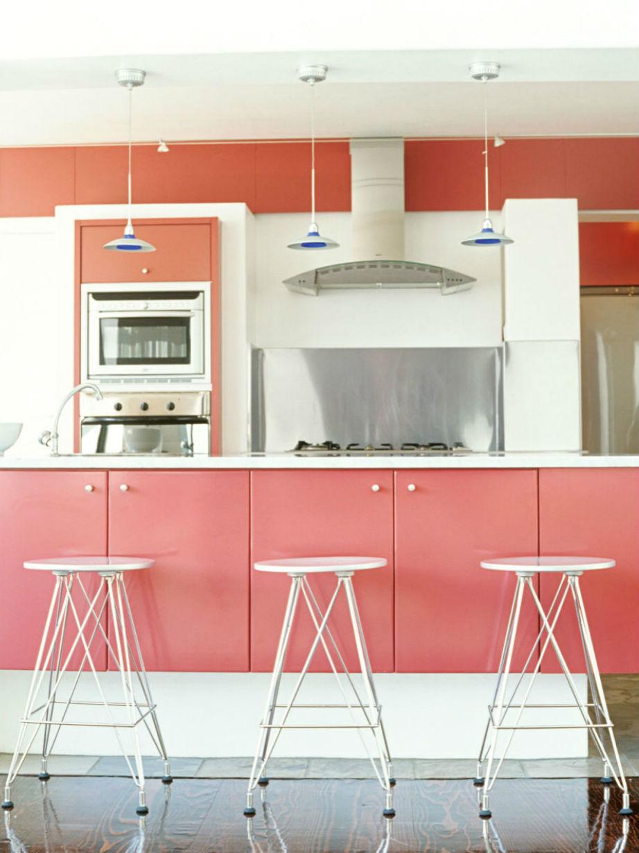 Το χρώμα μπήκε καλά στις κουζίνες μας μέσα στο 2015.