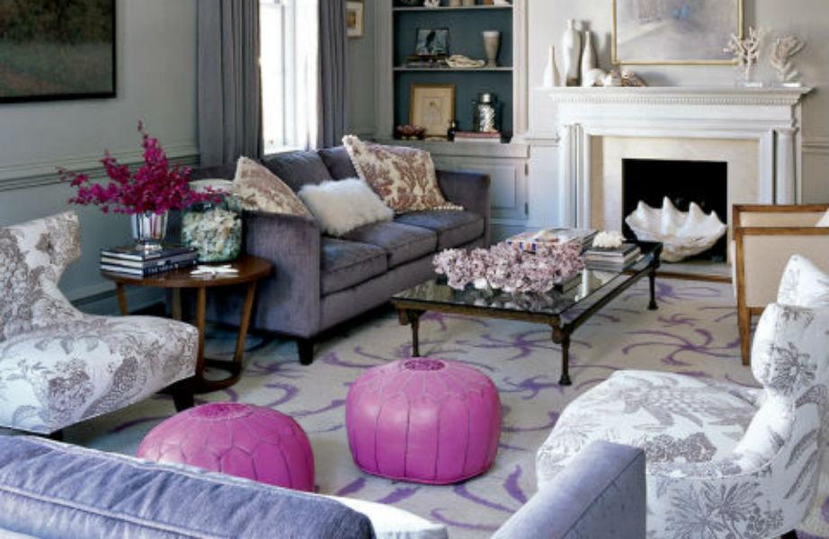 Ζωντανέψτε το γκρι λιλά συνδυάζοντάς το με ροζ, μοβ ή ροδακινί αξεσουάρ.