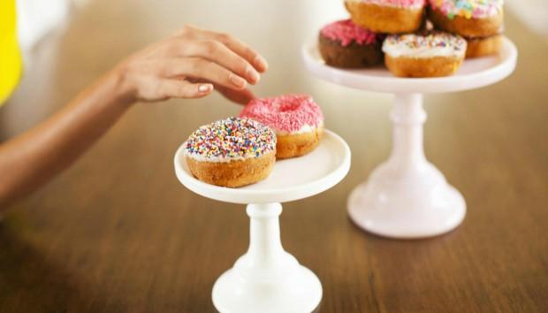 ΑΥΤΕΣ είναι οι 10 Συχνότερες Δικαιολογίες για να Σταματήσουμε μία Δίαιτα