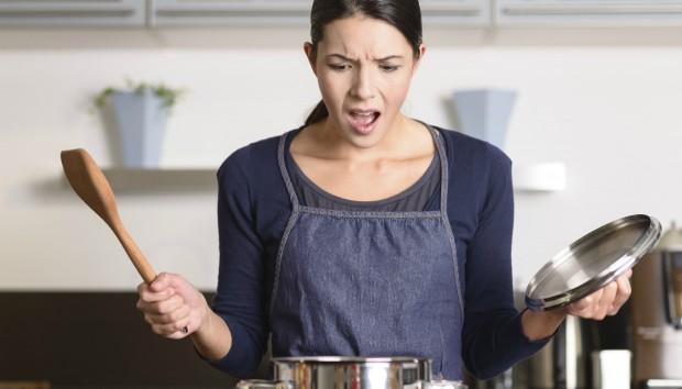 Πώς Μπορείτε να Σώσετε το Φαγητό που Μόλις Κάψατε
